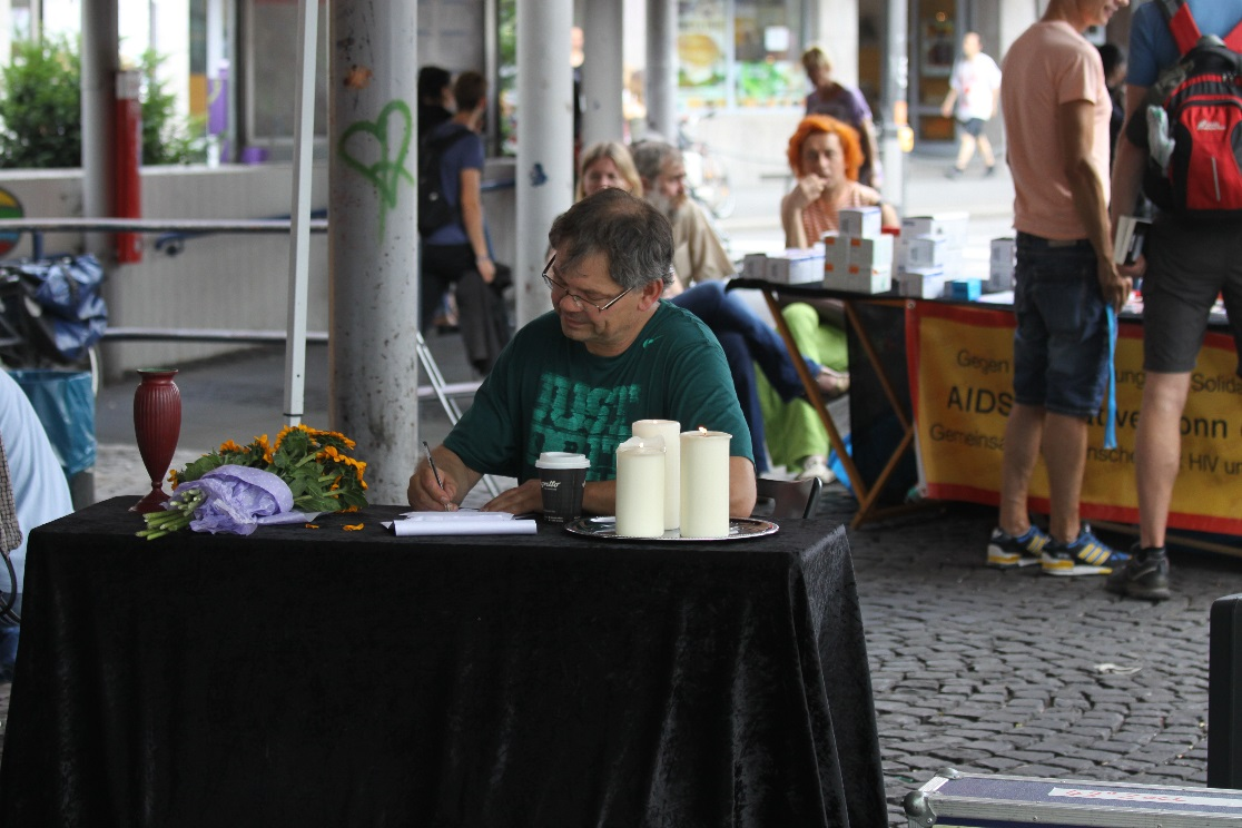 21. Juli  Nationaler Gedenktag an verstorbene Drogengebraucherinnen und Drogengebraucher